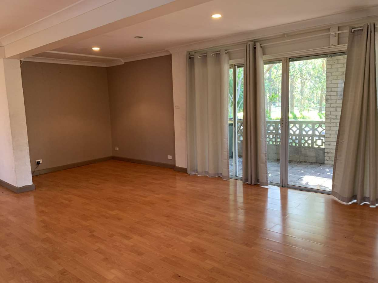 Main view of Homely unit listing, 10a January Street, Tuggerawong, NSW 2259