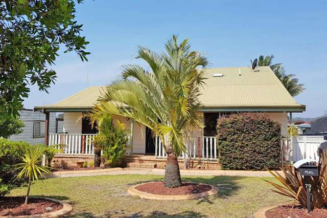 79 Sussex Inlet Road, Sussex Inlet NSW 2540