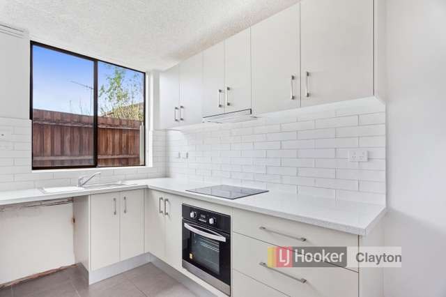 Unit 2/785 Warrigal Road, Bentleigh East VIC 3165