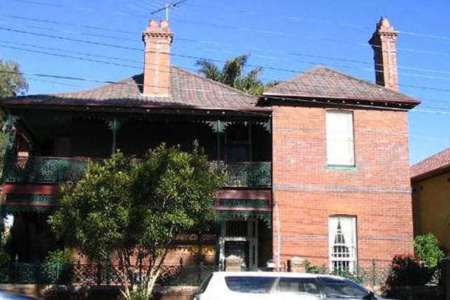 4 Carlton Street, Kensington NSW 2033