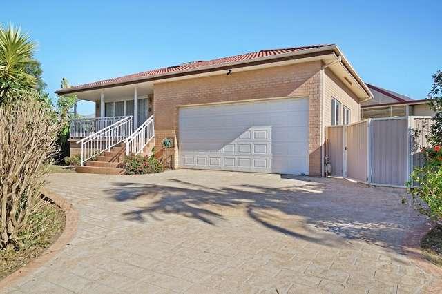 15 Salamaua Place, Glenfield NSW 2167
