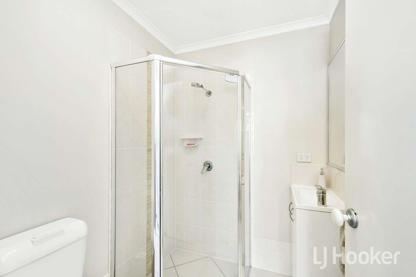 Seventh view of Homely townhouse listing, 3/1 Gerald Avenue, Clontarf QLD 4019