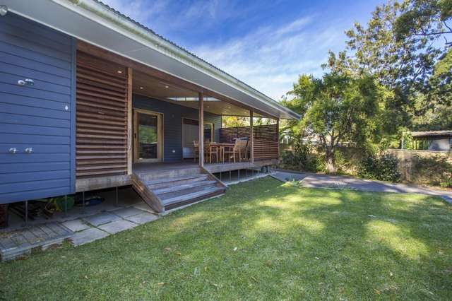 33 Bangalow Street, Narrawallee NSW 2539
