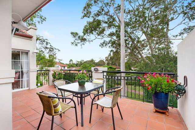 Apartment 5/10 Hillcrest Drive, St Ives NSW 2075