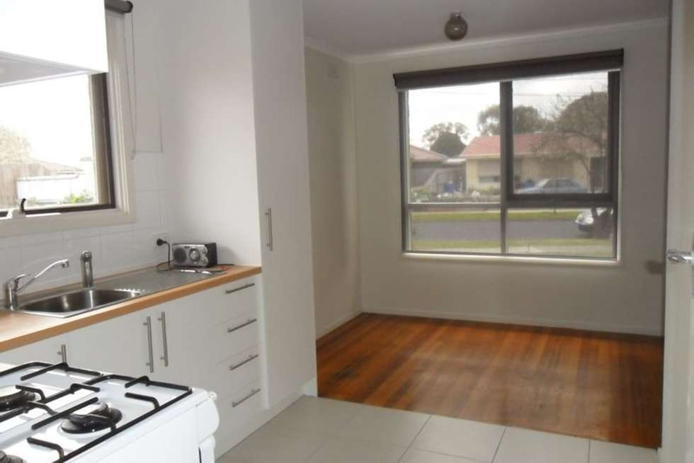 Second view of Homely house listing, 4 Filer Court, Keysborough VIC 3173