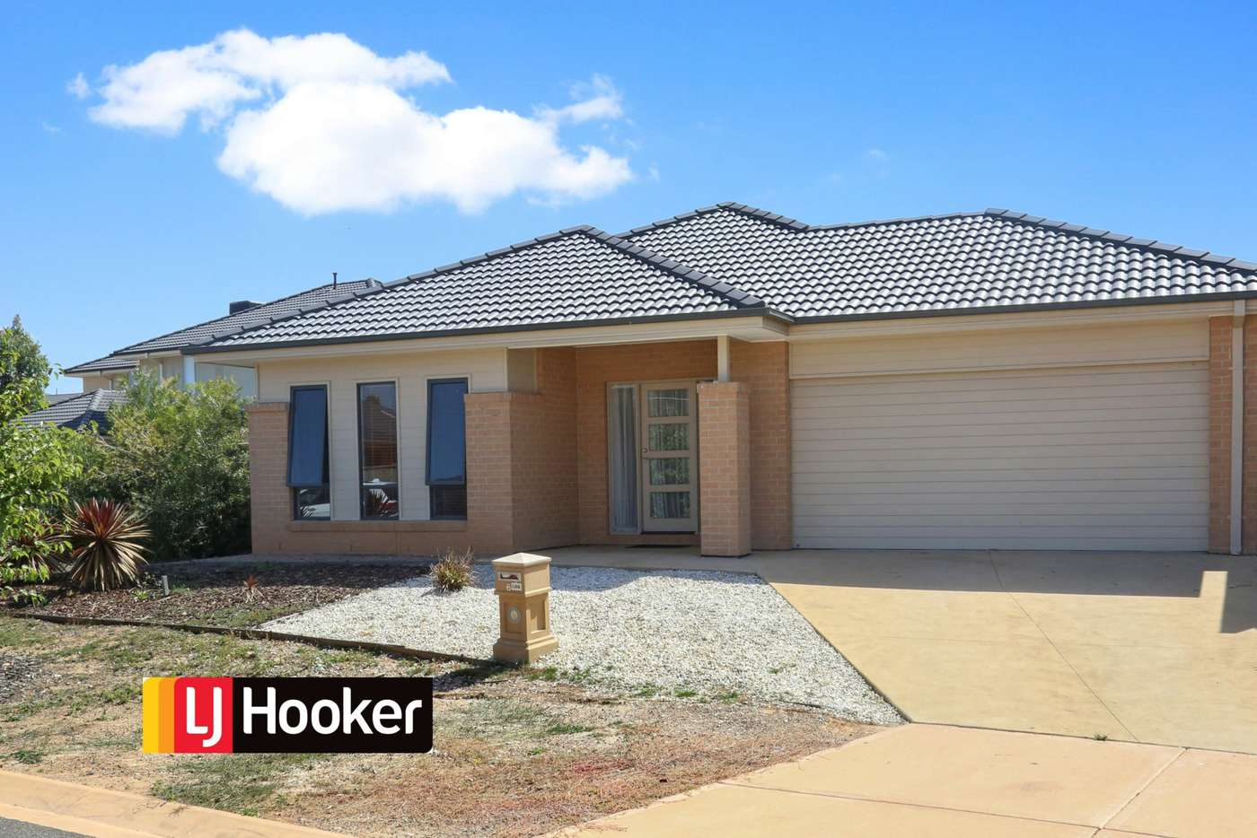 Main view of Homely house listing, 6 Coracle Drive, Sanctuary Lakes VIC 3030