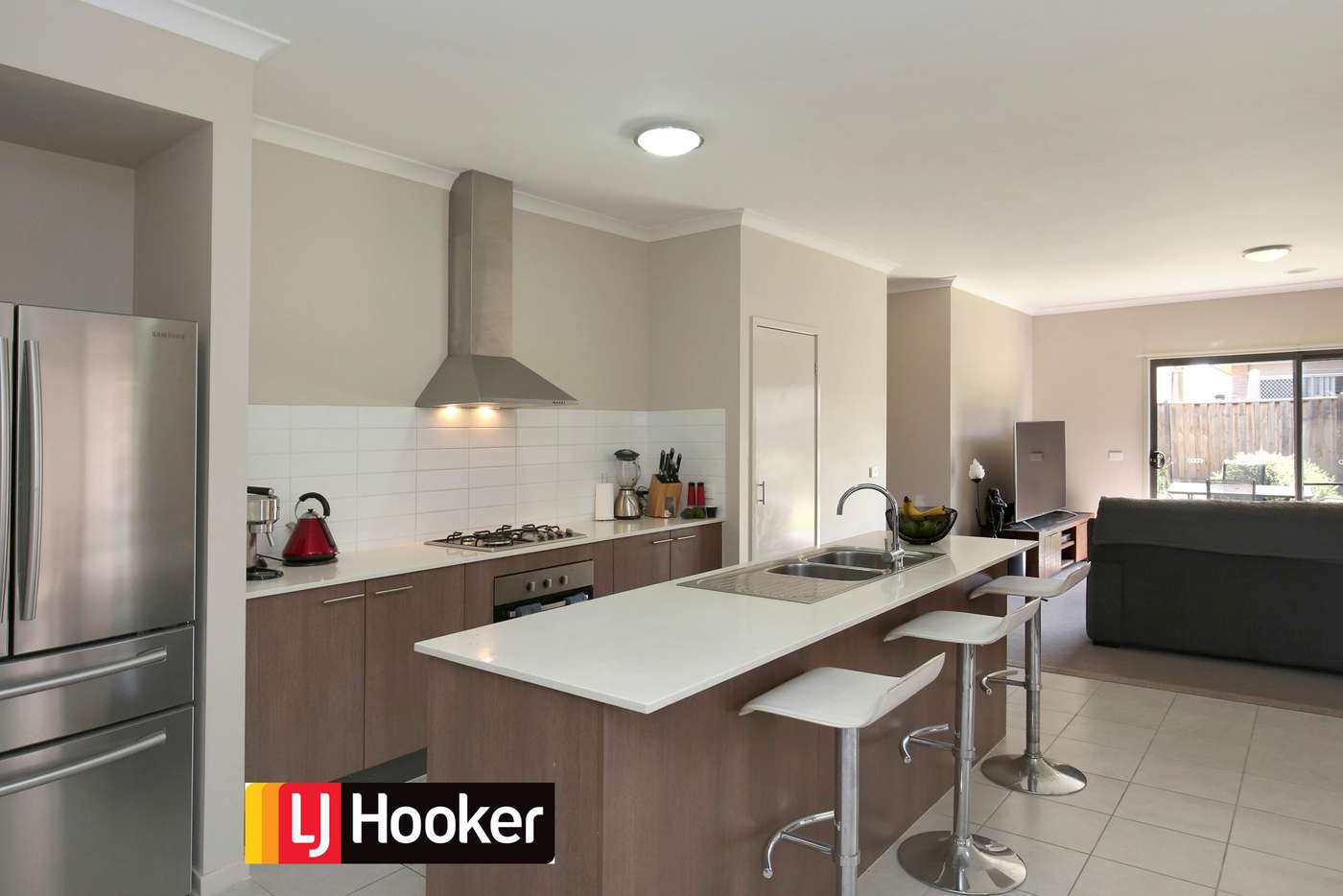 Sixth view of Homely house listing, 6 Coracle Drive, Sanctuary Lakes VIC 3030
