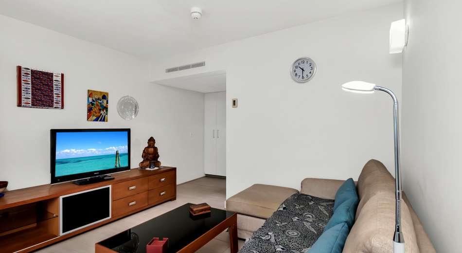Apartment 2302/2-22 Veivers Road, Palm Cove QLD 4879