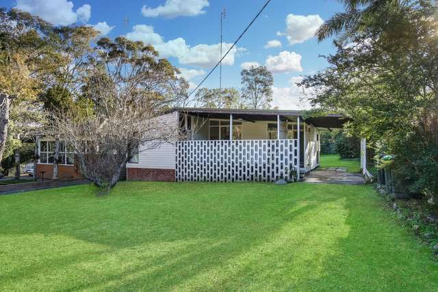4 Croudace Bay Road, Belmont NSW 2280