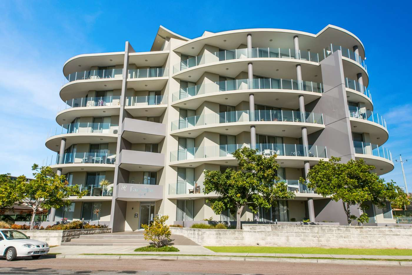 Main view of Homely unit listing, 2/11-15 Fairview Avenue, The Entrance NSW 2261