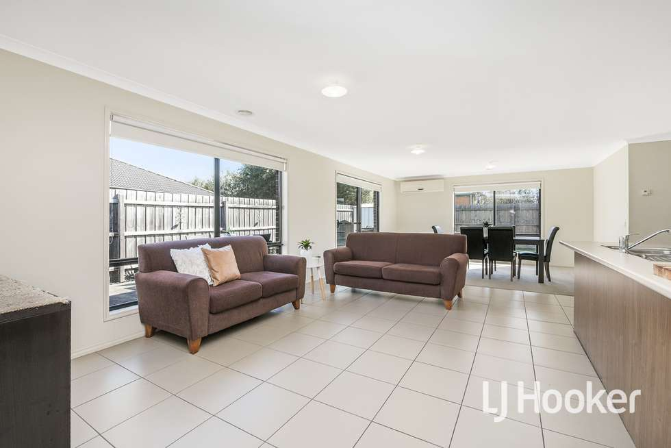 Fourth view of Homely house listing, 5 Osprey Court, Pakenham VIC 3810