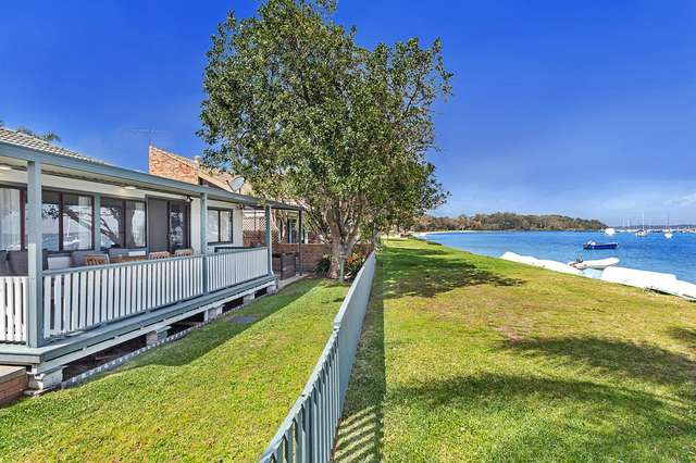 4 Sunset Boulevard, Soldiers Point NSW 2317