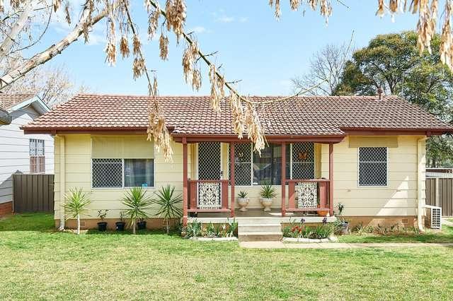 42 Adams Street, Ashmont NSW 2650