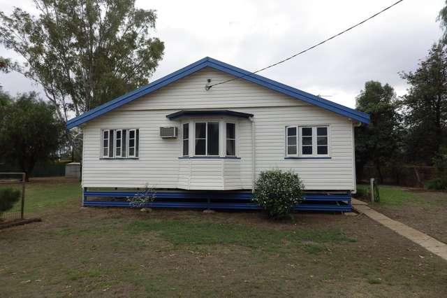 15 Burrowes Street, Surat QLD 4417