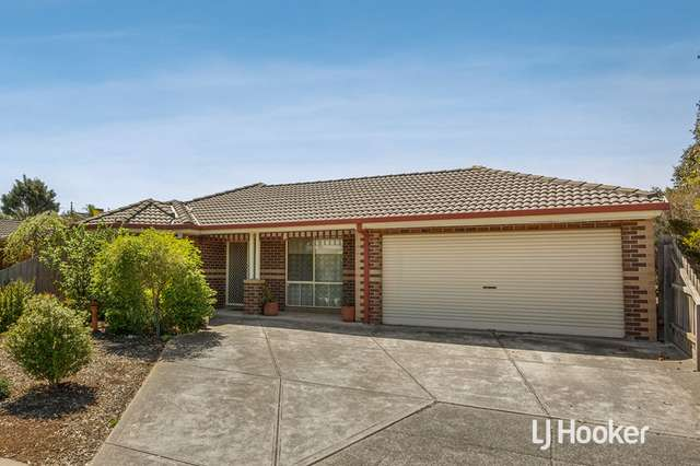 17 Seaside Close, Seabrook VIC 3028