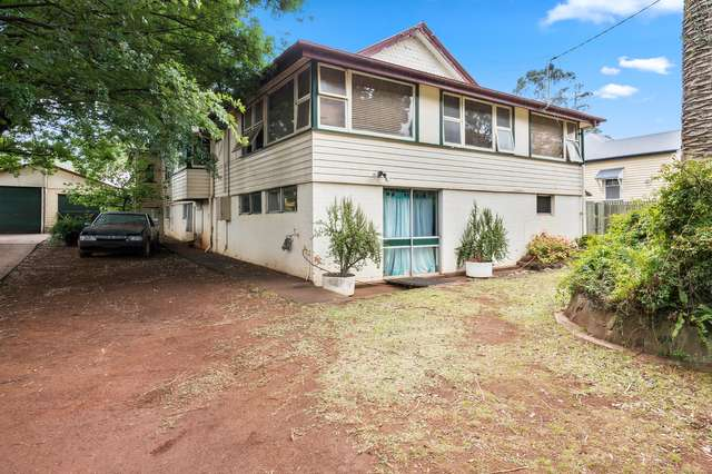73 West Street, Newtown QLD 4350