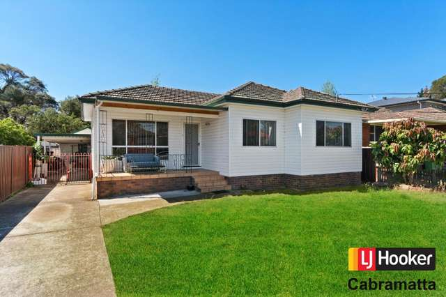 2 Carre Avenue, Canley Heights NSW 2166