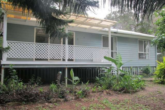 80 High Central Road, Macleay Island QLD 4184