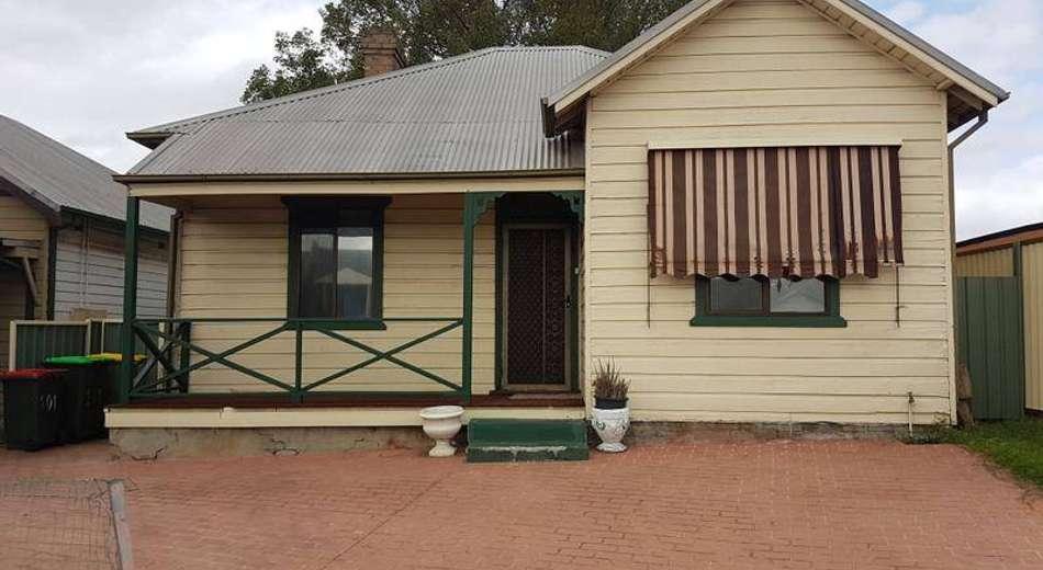 101 Woodville Road, Granville NSW 2142