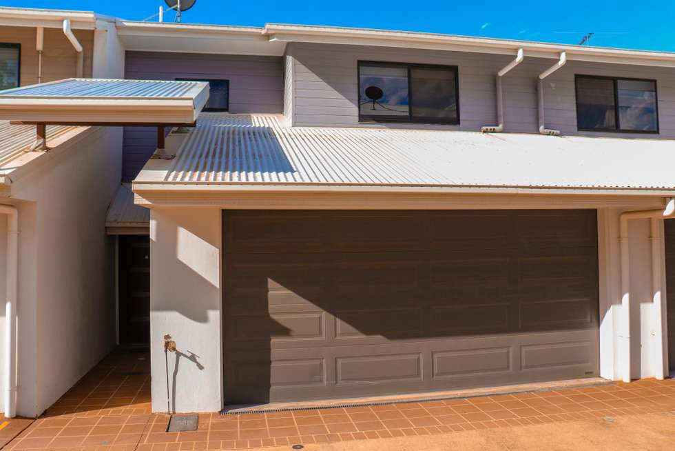 Second view of Homely house listing, 4/52 Golden Crest, Bellbowrie QLD 4070