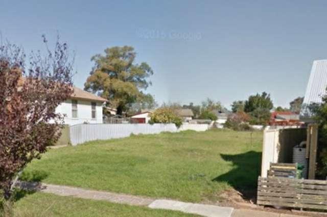79A Phillip Avenue, Mount Austin NSW 2650