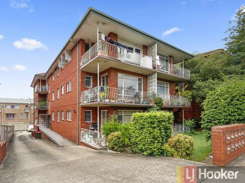 Main view of Homely unit listing, 3/79 Queens Road, Hurstville, NSW 2220