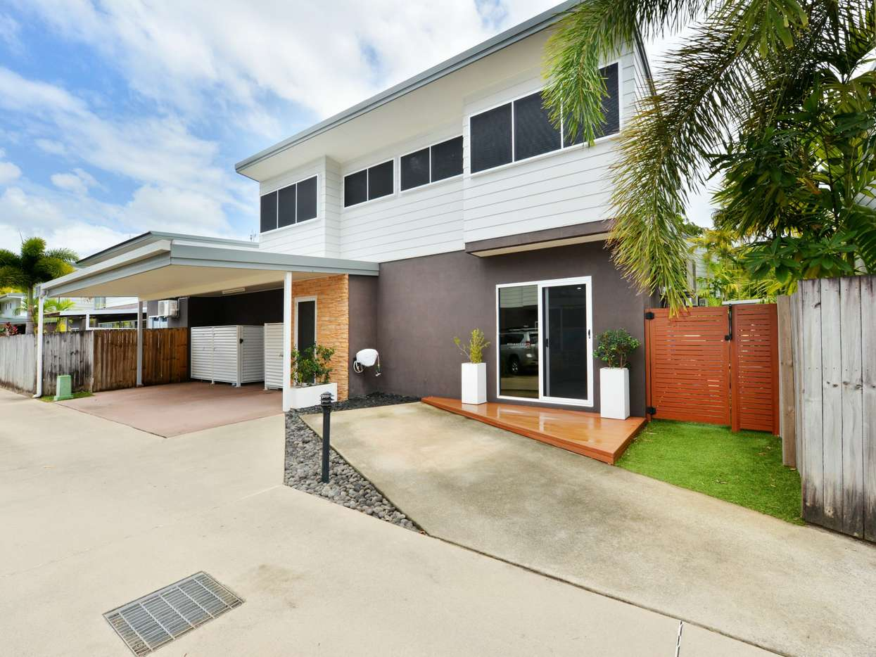 Main view of Homely townhouse listing, 9 Oasis/4-8 Morning Close, Port Douglas, QLD 4877