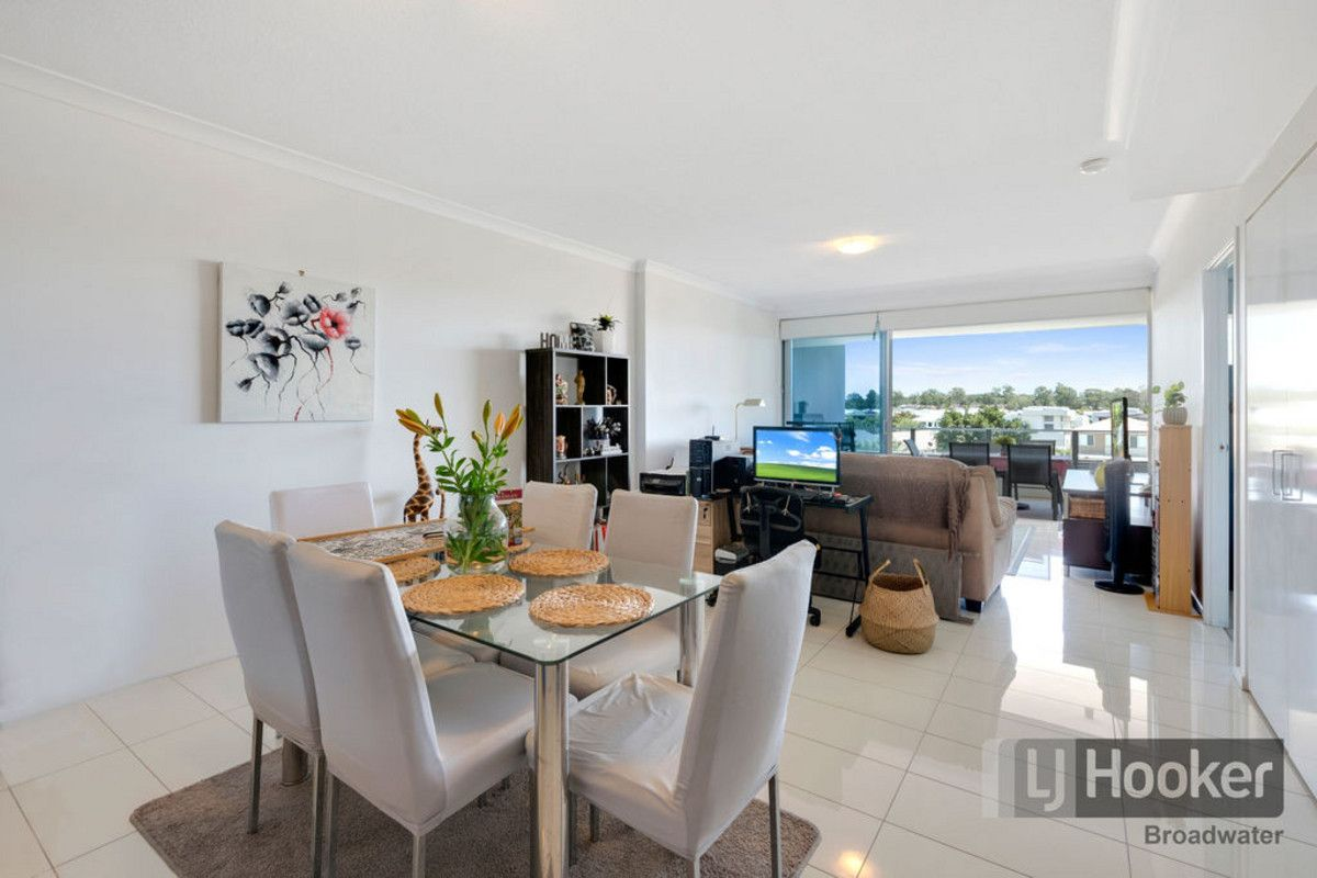 210/41 Harbour Town Drive
