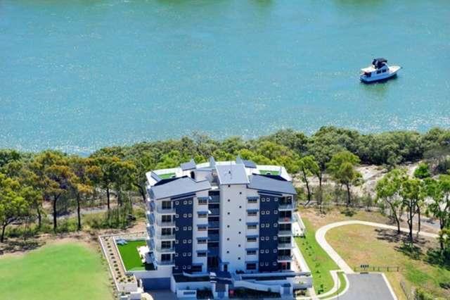4/2 The Promenade, Boyne Island QLD 4680