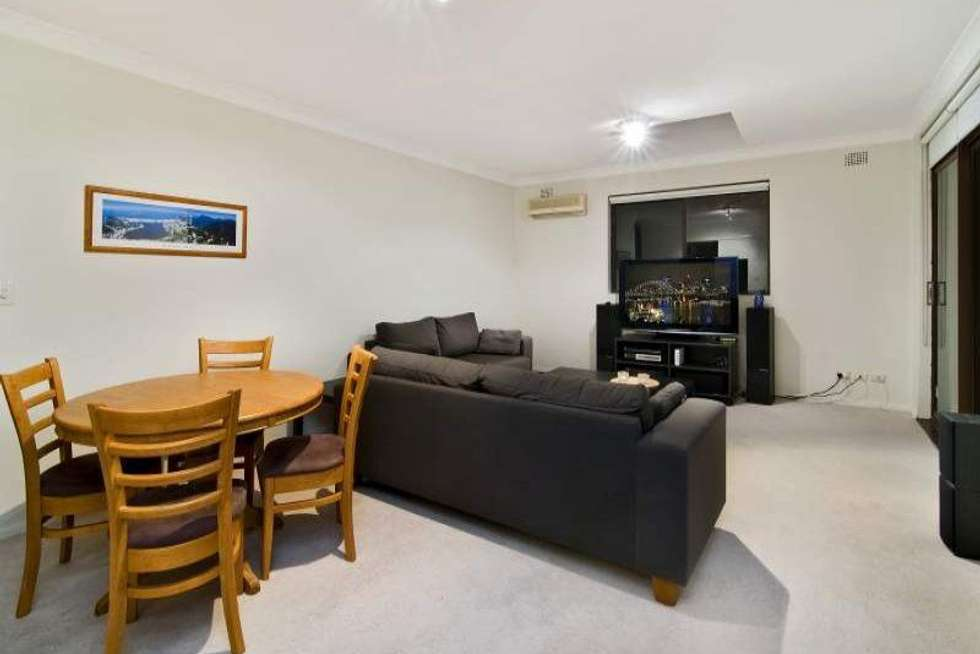 Third view of Homely apartment listing, 10/3 Boronia Street, Wollstonecraft NSW 2065