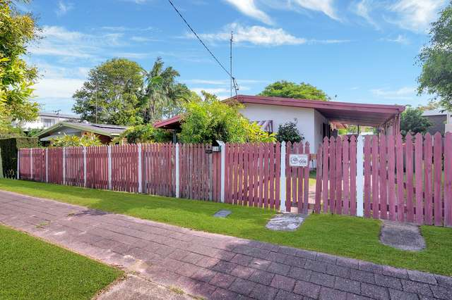 14 Peter Parade, Miami QLD 4220