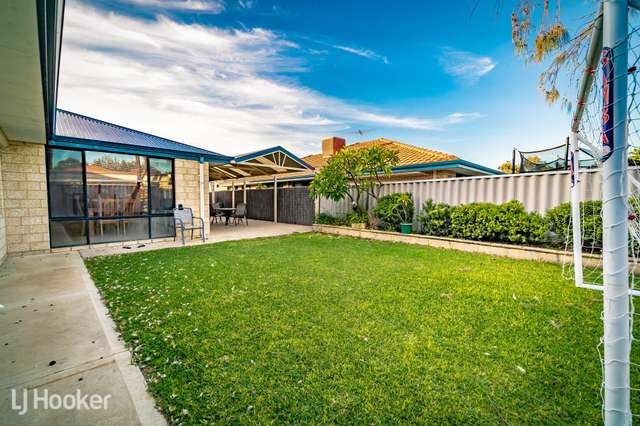 16 Cambernon Green, Port Kennedy WA 6172