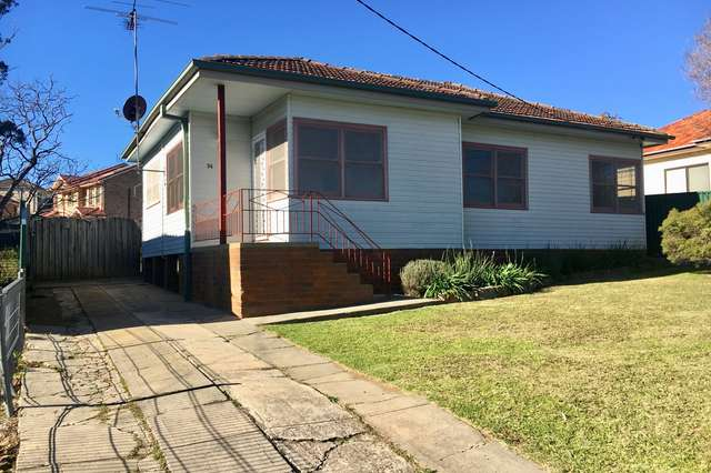 34 Hoddle Ave, Campbelltown NSW 2560