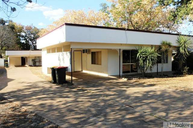 Unit 1 & 2/26 Kitchener Street, Clermont QLD 4721