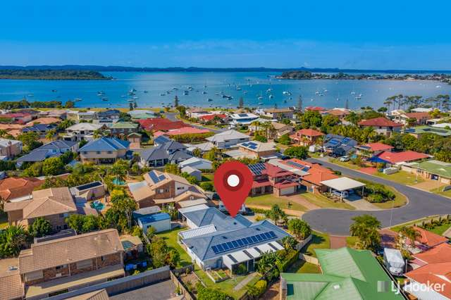 4 Amity Court, Victoria Point QLD 4165