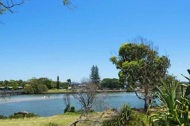 24 South Beach Road, Brunswick Heads NSW 2483