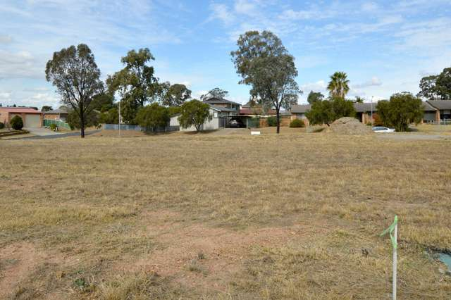 1 B Grainger Crescent, Singleton NSW 2330