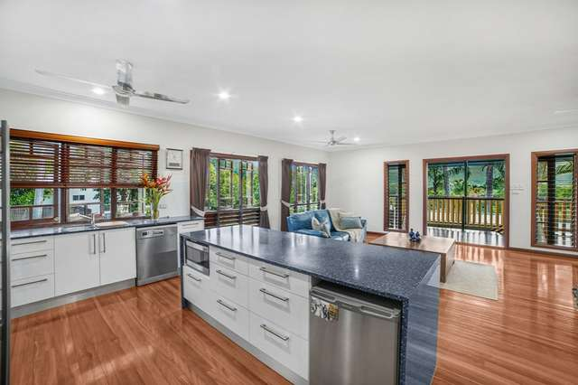 10 Donnelly Close, Brinsmead QLD 4870