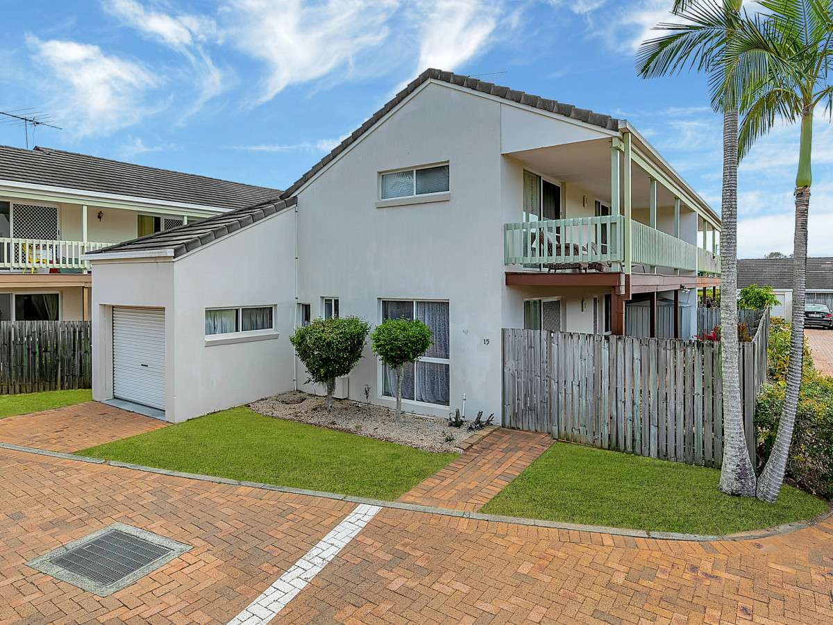 Main view of Homely townhouse listing, 15/14 Kensington Place, Birkdale, QLD 4159