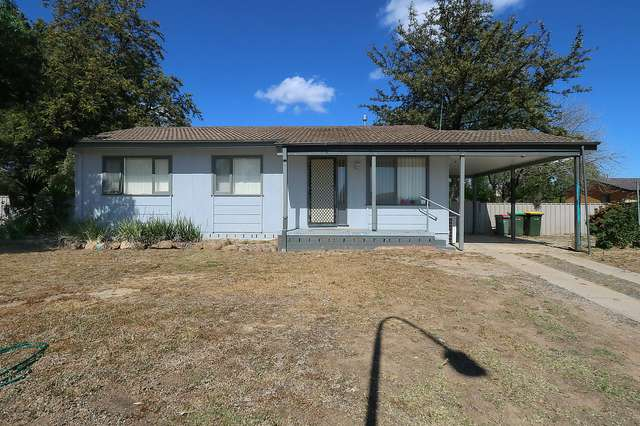 4 Rogers Place, Tolland NSW 2650
