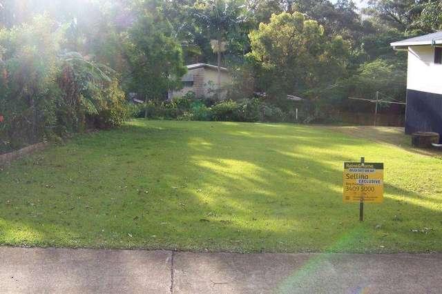 124 Lucas Drive, Lamb Island QLD 4184