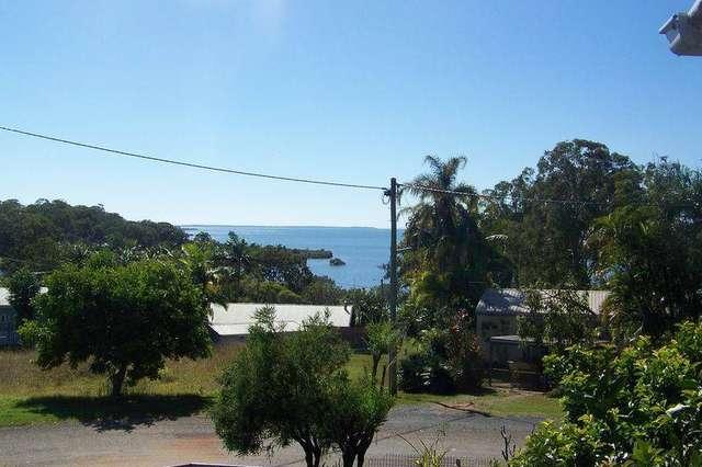 2 WOBUR ST, Lamb Island QLD 4184