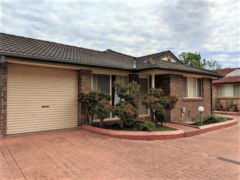Main view of Homely house listing, 9/11-15 Greenfield Road, Greenfield Park, NSW 2176