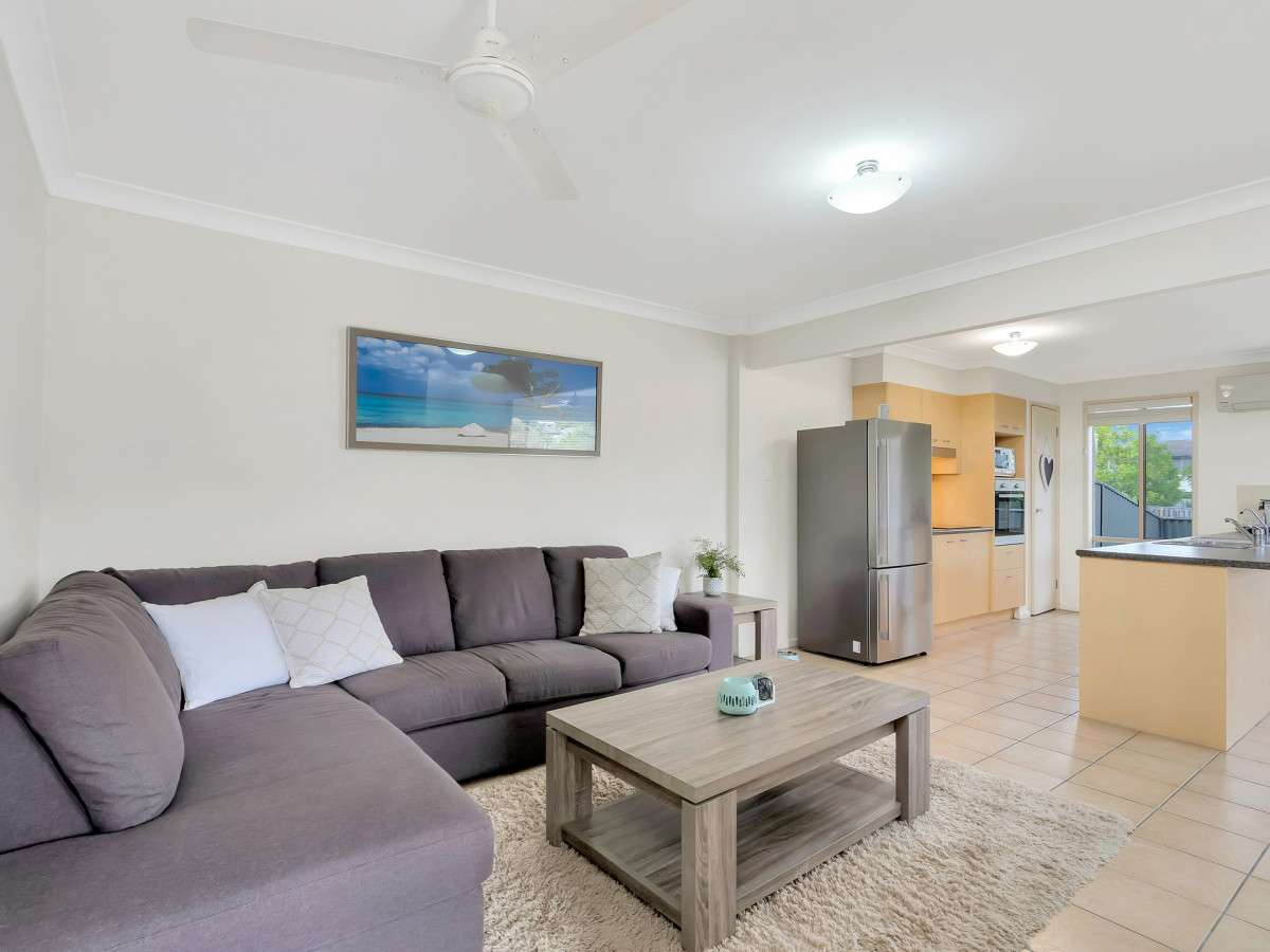 Main view of Homely semidetached listing, 2/6 Belongil Street, Pacific Pines, QLD 4211