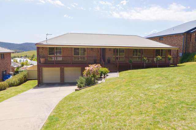 2 Amber Grove, Lithgow NSW 2790