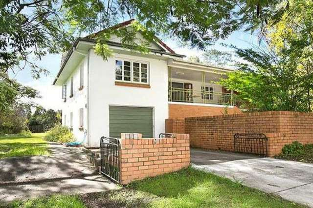 96 White Street, Graceville QLD 4075