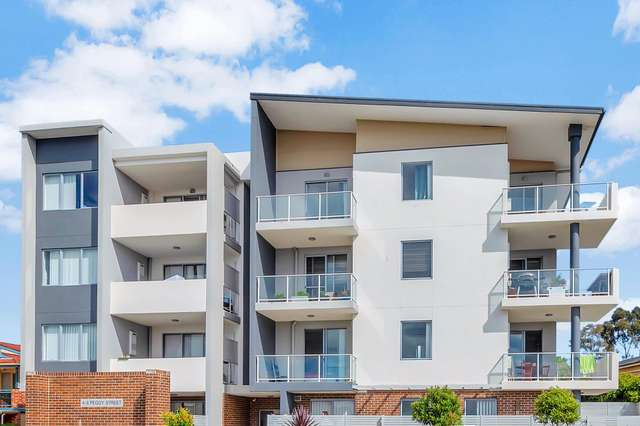 1/4-6 Peggy Street, Mays Hill NSW 2145