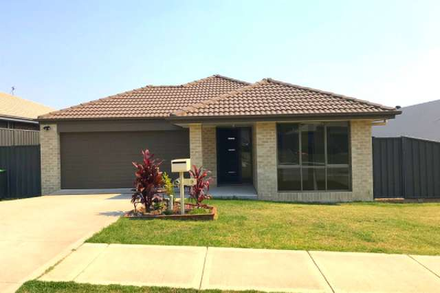 19 Clydesdale Street, Wadalba NSW 2259