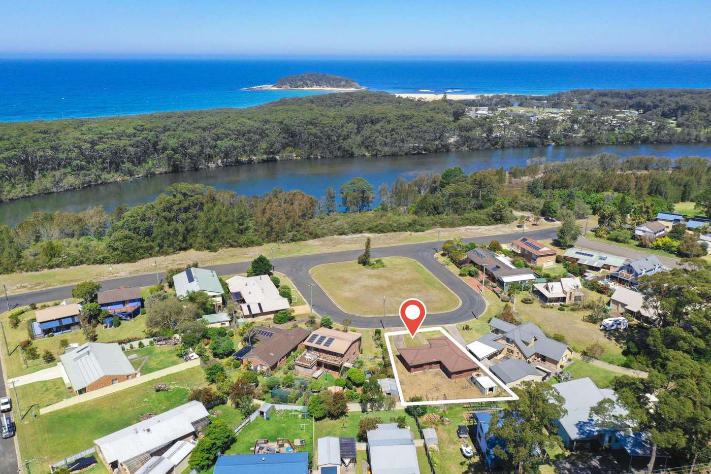 Main view of Homely house listing, 4 Lulworth Crescent, Lake Tabourie NSW 2539