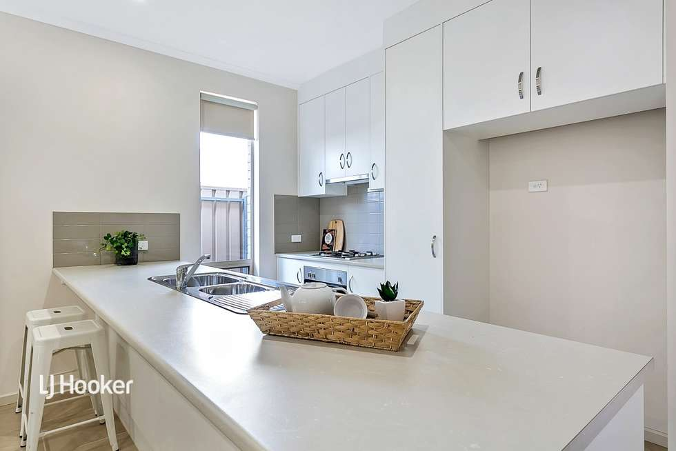 Third view of Homely house listing, 2/52 Valley Road, Hope Valley SA 5090
